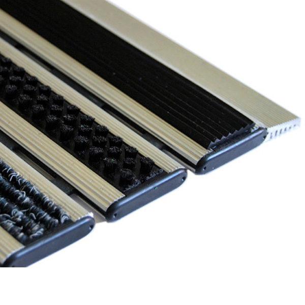Придверная грязезащитная решетка Респект Щетка + Текстиль + Резина