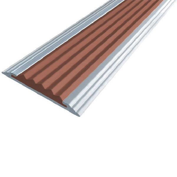 Противоскользящая анодированная алюминиевая полоса Стандарт 2,7 м коричневый