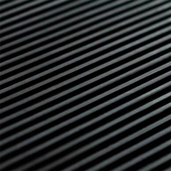 Рулонное резиновое покрытие 4мм, 1м, рубчик, черный