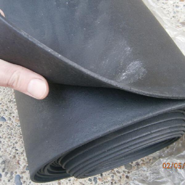 Дорожки противоскользящие резиновые (ТМКЩ) ГОСТ 7338-90, 8 мм, 10м