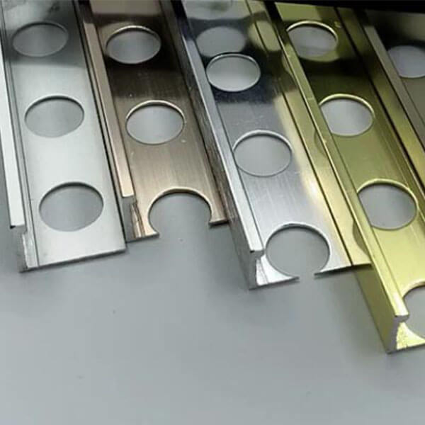 Алюминиевый профиль для L-образной окантовки L-10-ШМ шампань/матовый