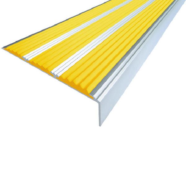 Противоскользящий алюминиевый самоклеющийся угол с тремя вставками 98 мм/5,6 мм/22,4 мм 1,33 м желтый