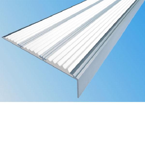 Противоскользящий алюминиевый самоклеющийся угол с тремя вставками 98 мм/5,6 мм/22,4 мм 1,0 м белый