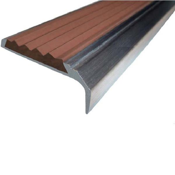 Противоскользящий алюминиевый самоклеющийся накладной угол-порог 42 мм/23 мм 2,0 м коричневый