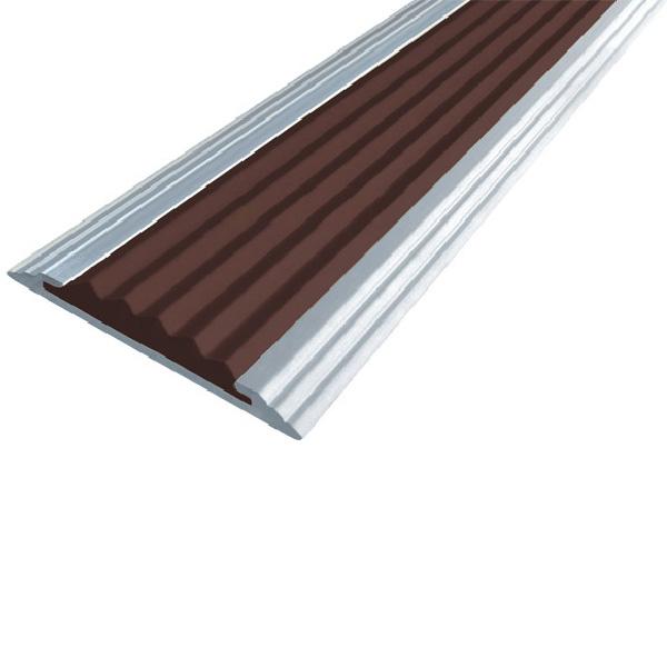 Противоскользящая алюминиевая самоклеющаяся полоса Стандарт 40 мм 2,7 м темно-коричневый