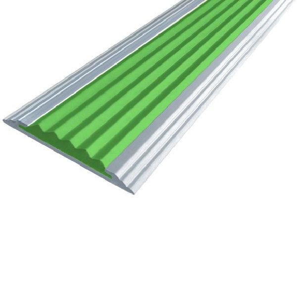 Противоскользящая алюминиевая самоклеющаяся полоса Стандарт 40 мм 2,7 м зеленый