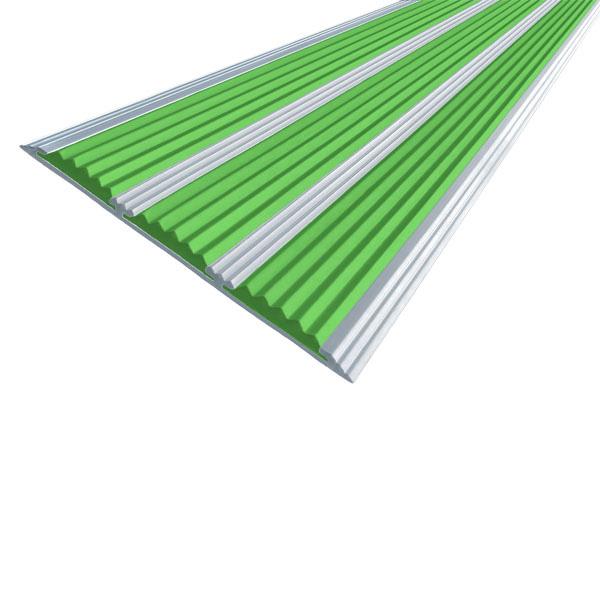 Противоскользящая алюминиевая самоклеющаяся полоса с тремя вставками 100 мм/5,6 мм 1,0 м зеленый