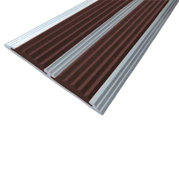Противоскользящая алюминиевая самоклеющаяся полоса с двумя вставками 70 мм/5,5 мм 1,33 м темно-коричневый