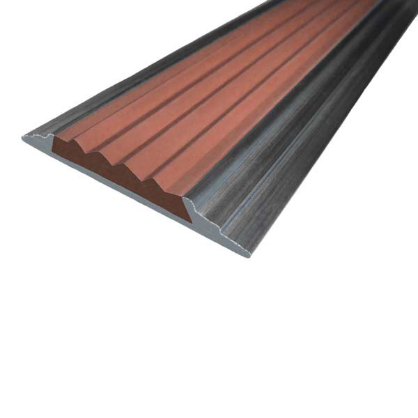 Противоскользящая алюминиевая самоклеющаяся накладная полоса 46 мм/5 мм 3,0 м коричневый