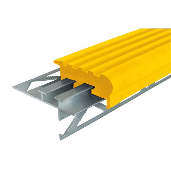 Закладной противоскользящий профиль «Уверенный Шаг» (УШ-50) 1,2 м желтый