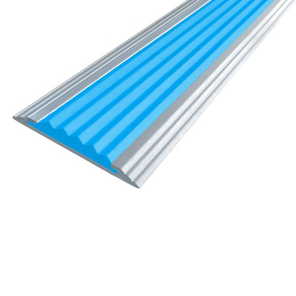 Противоскользящая алюминиевая полоса Стандарт 2,7 м 40 мм/5,6 мм голубой
