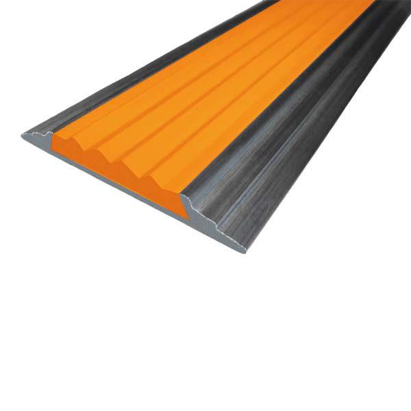 Противоскользящая алюминиевая накладная полоса 46 мм/5 мм 1,33 м оранжевый