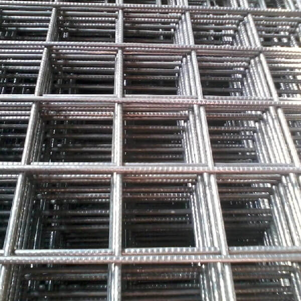 Сетка сварная из проволоки ВР-1 в картах 100x100x3мм, 1x2м