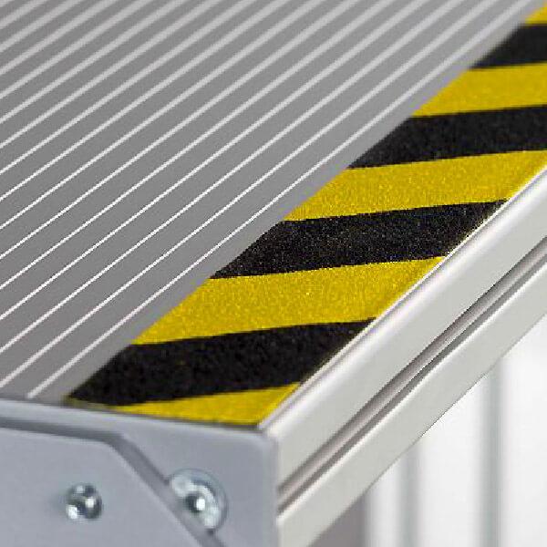 Противоскользящая сигнальная абразивная лента Antislip Systems 18.3 м, 25 мм